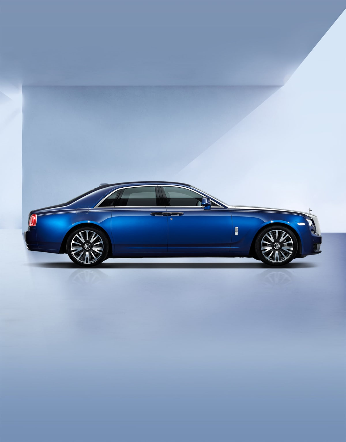 Side profile exterior of Rolls-Royce Ghost motor car.