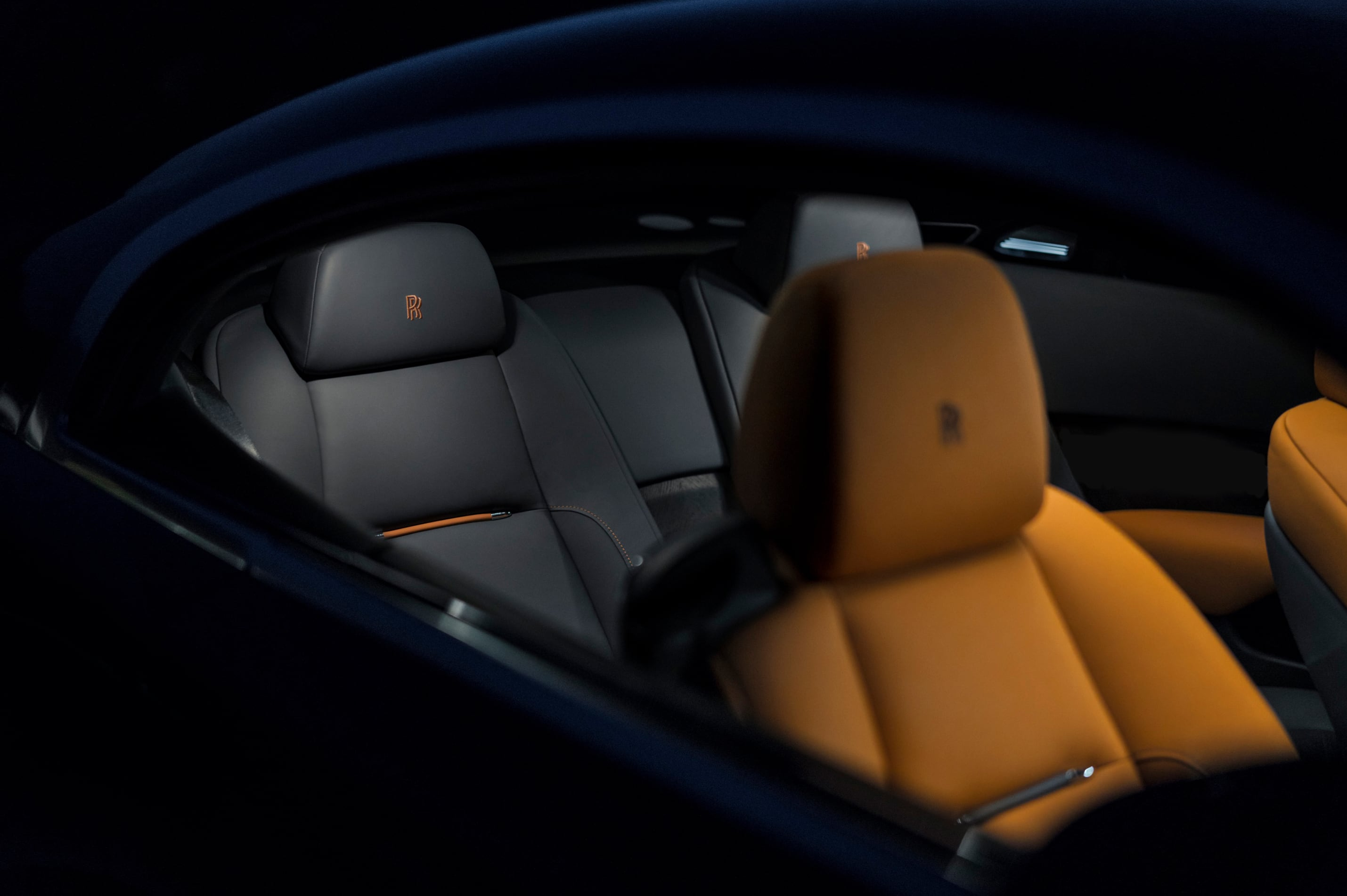 Rolls-Royce Wraith side view of front seat interior