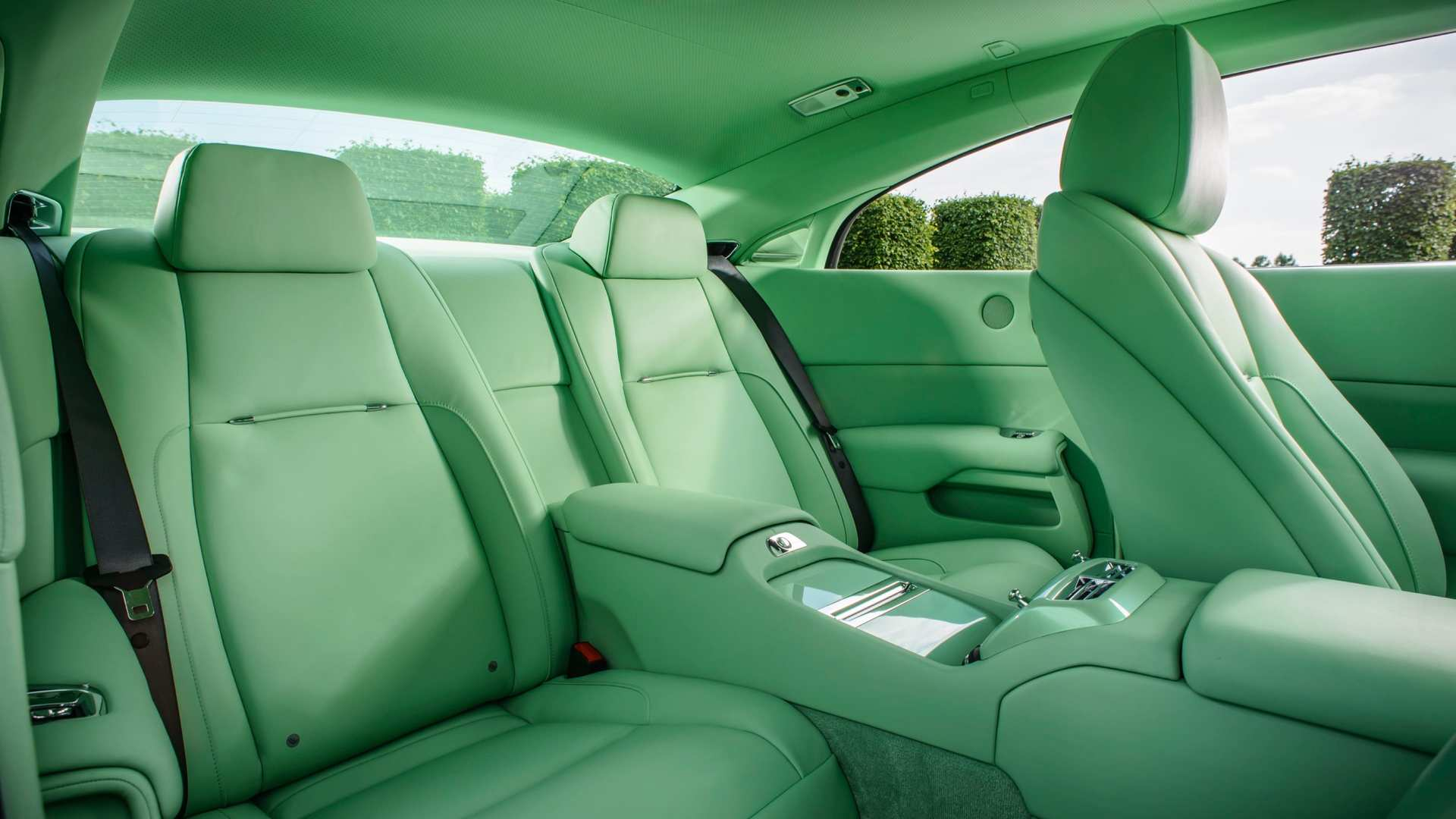 Rolls-Royce Wraith Michael Fux commission, front interior, medium close up, lime green seats