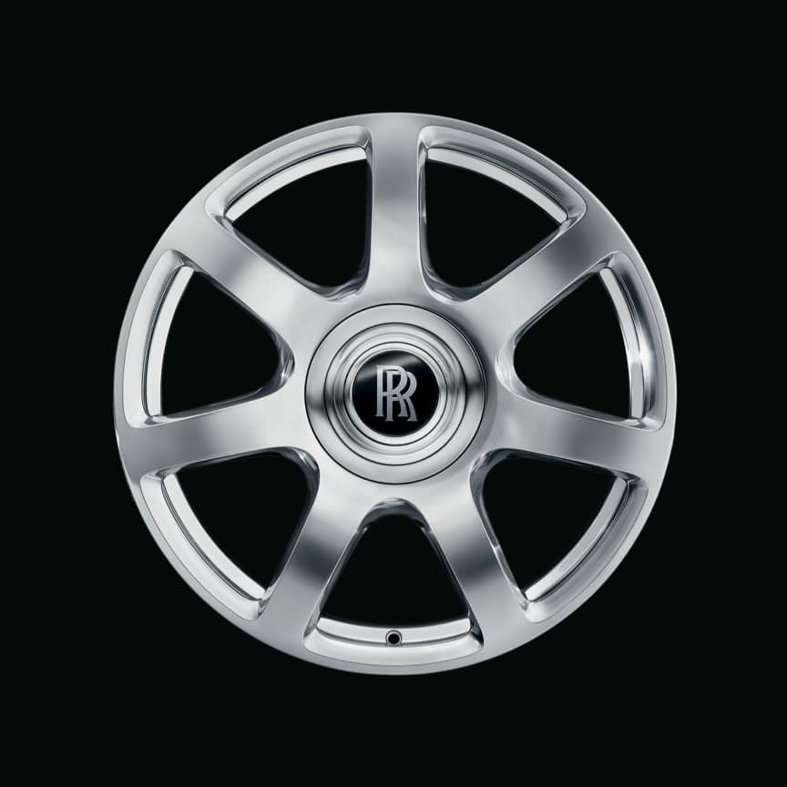 <p>Seven spoke design and available in fully painted, matt silver or fully polished finish.</p>