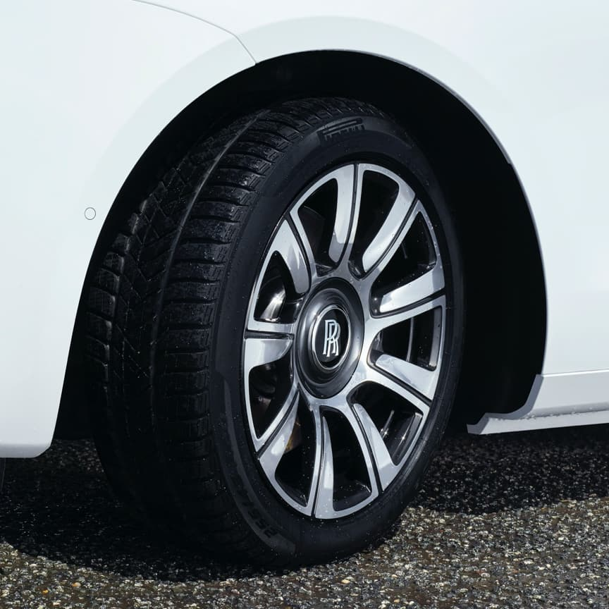 "<p>Take on even the most challenging terrains, with 20-inch winter wheels and tyres, designed narrower, with a higher sidewall for optimum performance. They offer up to 20% better road grip in temperatures below 7°C / 44°F, greater traction on ice and snow, and reduce the risk of aquaplaning on wet roads. A striking 20"" bi-colour black and polished metal wheel is available exclusively from launch of New Ghost.&nbsp;</p>"