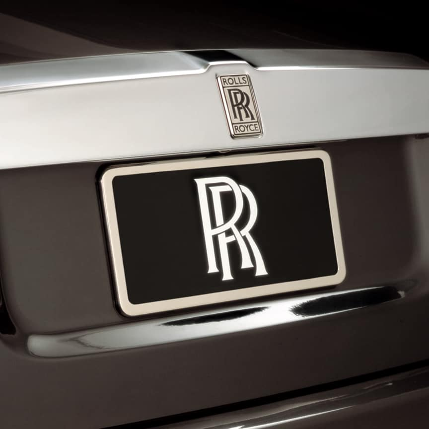 <p>A sophisticated finishing touch, designed to fit front standard number plates and US standard number plates.</p>