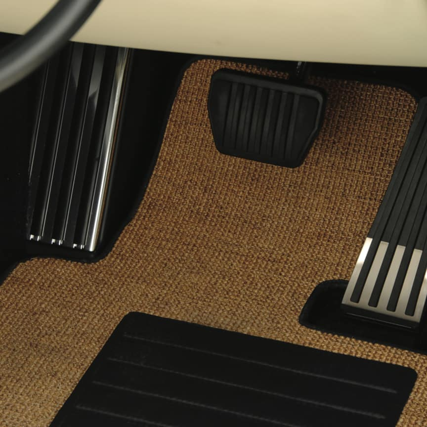 <p>Designed specifically for the Drophead Coupé, these Sisal Floor Mats evoke a classic nautical feel.</p>