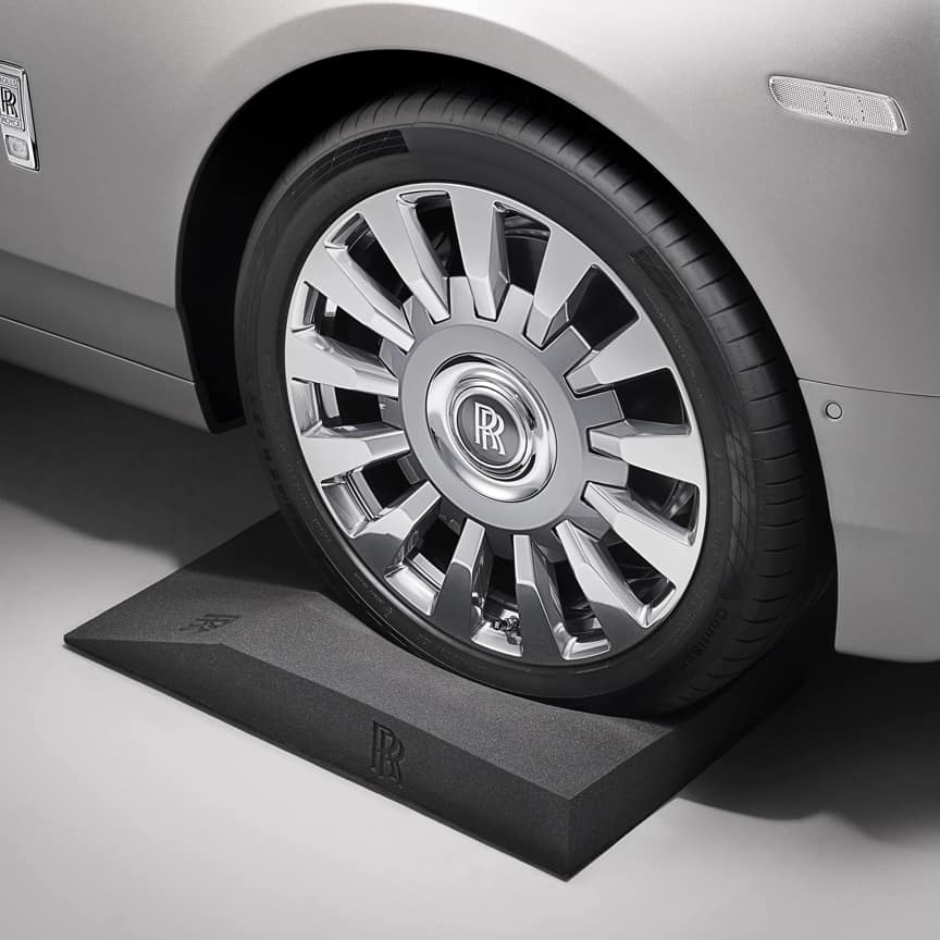 <p>Prevent flat tyre spots from forming during extended periods of storage. Designed to enable easy mounting and positioning of your Rolls-Royce motor car, the Tyre Cradles are made from unique long-lasting materials, and are embossed with the Rolls-Royce monogram.</p>