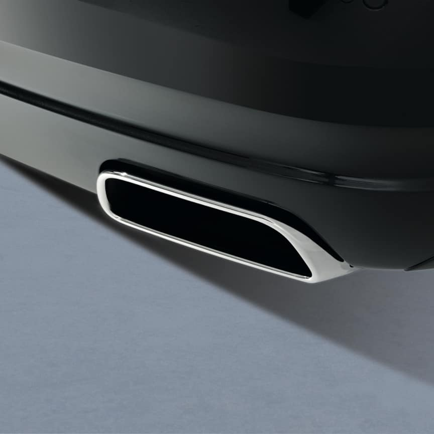 <p>These chrome plated exhausts accentuate the dynamic and powerful presence of your Phantom, yet are barely audible, to ensure you get the best of both worlds</p>